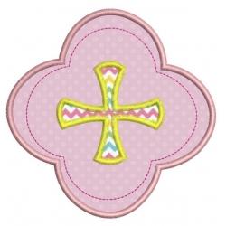 Médaillon croix en appliqué motif broderie machine